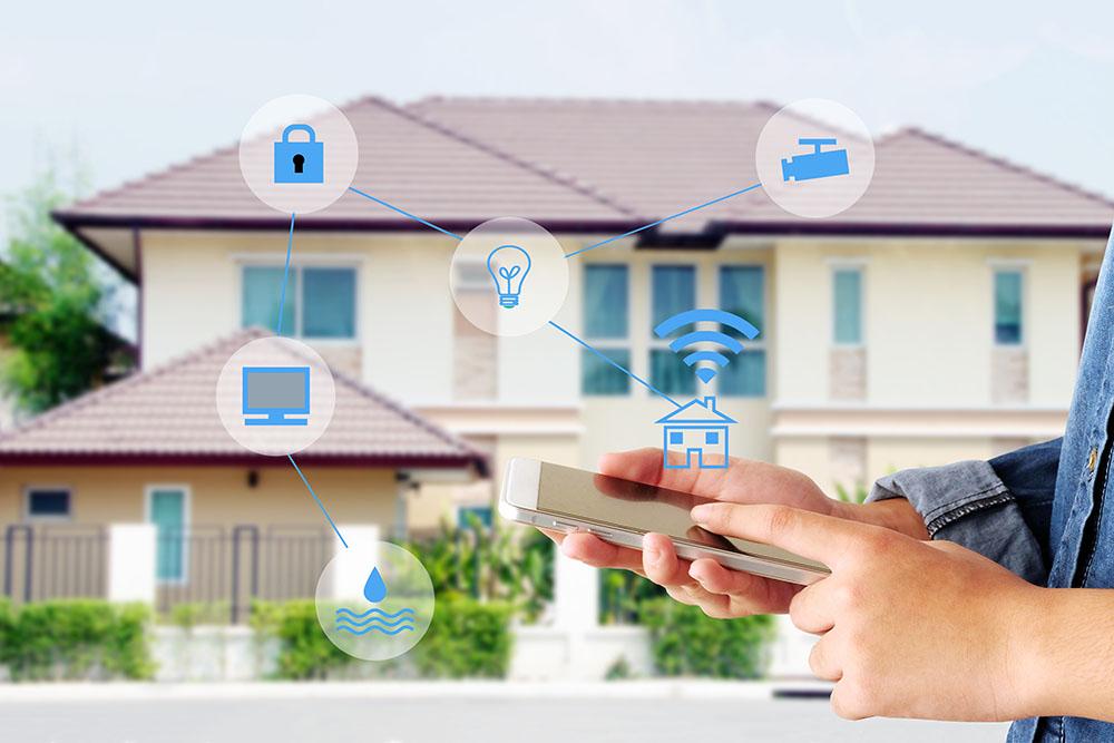 Dom z czujnikami w ramach zestawu smart home security